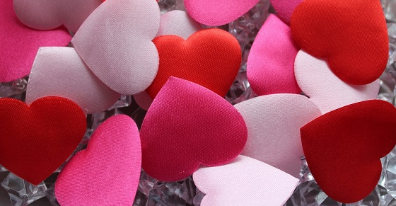 Love-Colorful-Heart-Hearts-Romantic-3143062.jpg